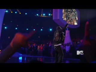 Eminem � Not Afraid x Love The Way You Lie feat. Rihanna (Live at MTV VMA 2010)